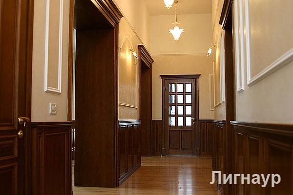 Деревянные двери в интерьере двери и
