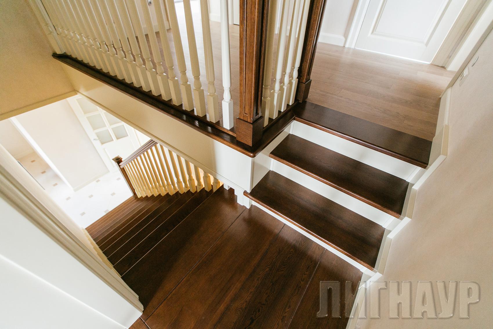 25Покраска ступеней лестницы