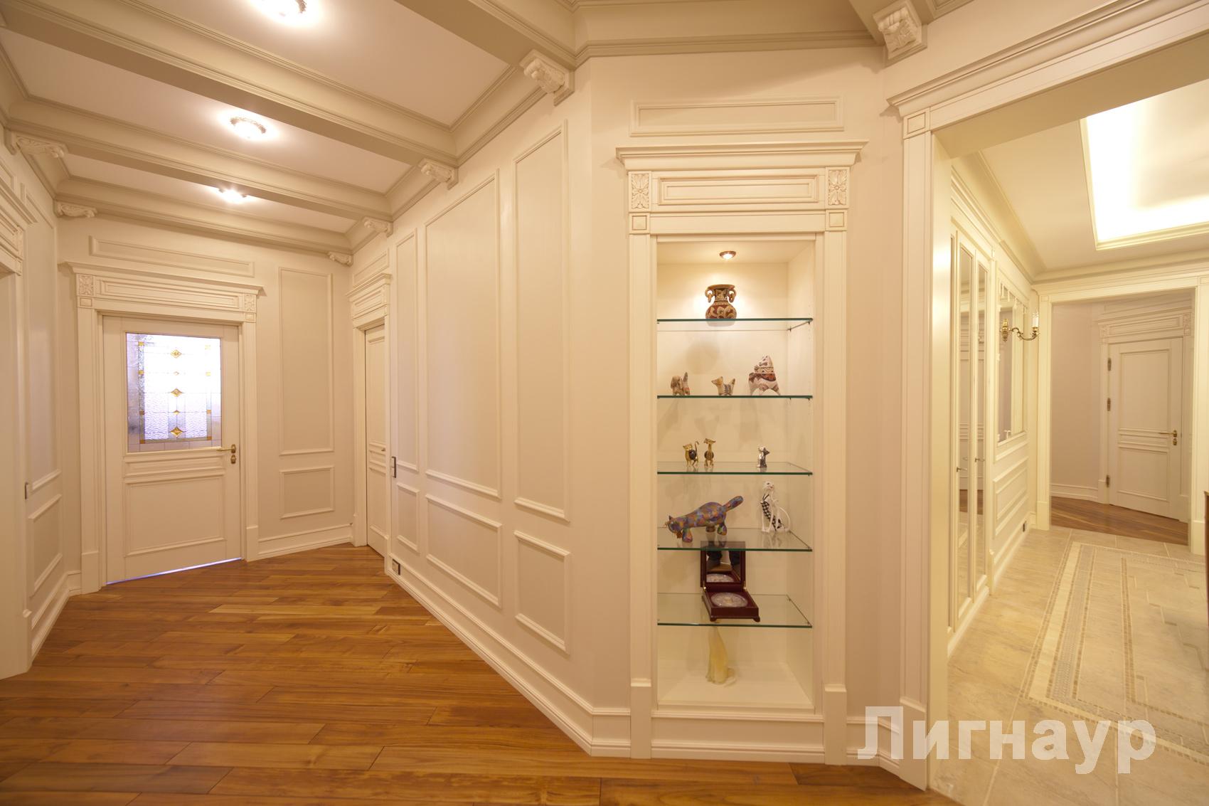 И коридоров двери встроенные шкафы и